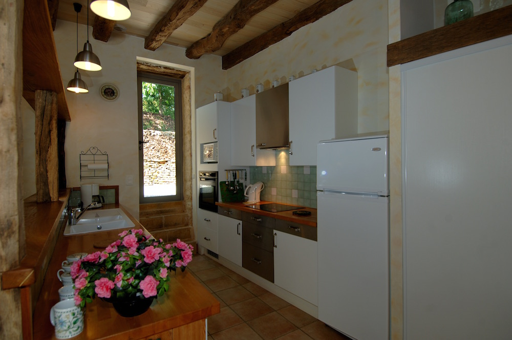 kitchen in les lauzes for 8 peoples