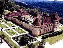 Le château de Chabans (8 Km - 10 mn)